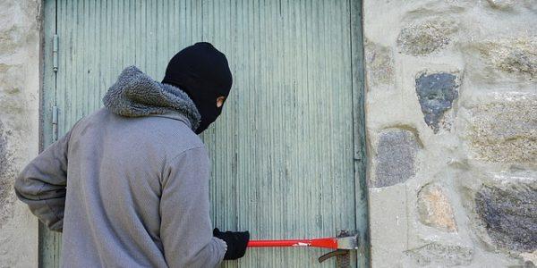 como evitar que entren a robar en casa
