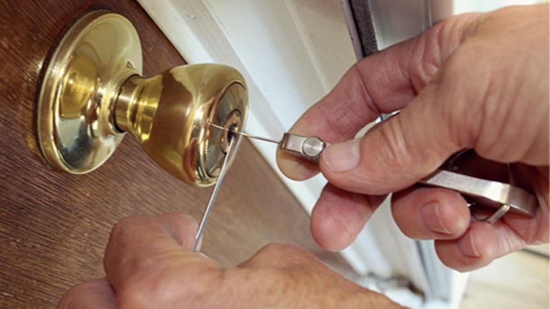 open door locksmith services